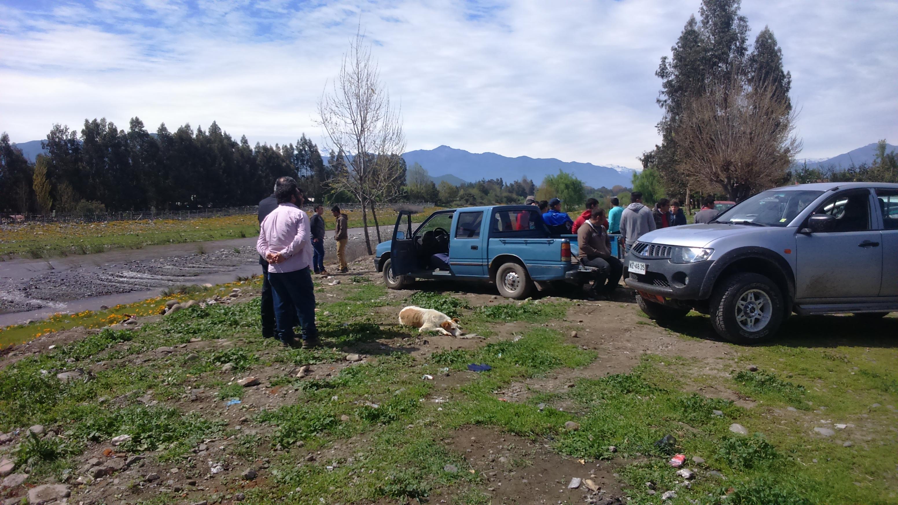 Hasta la rivera del río Antivero llegaron los familiares y amigos a buscar a Luis
