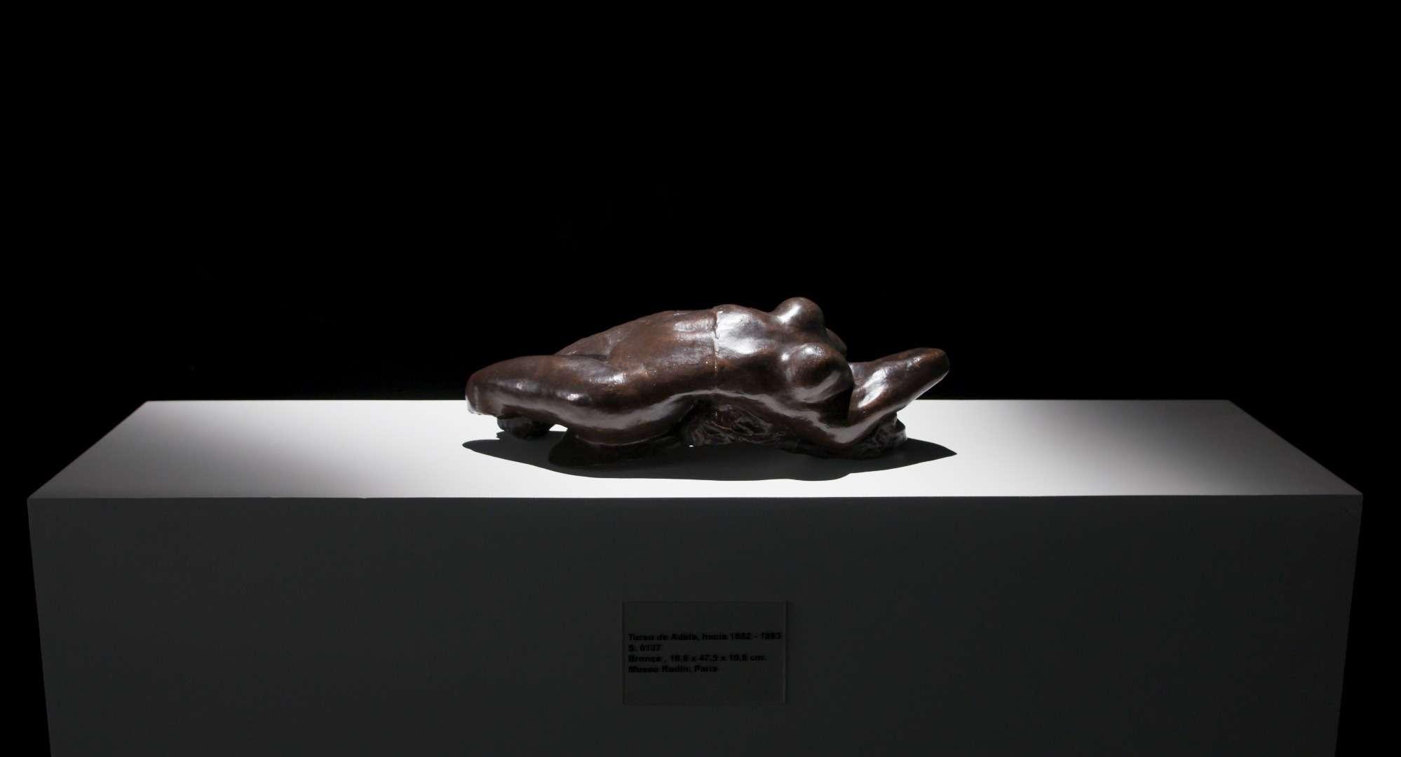 La escultura que fue sacada desde el Museo Nacional de Bellas Artes.